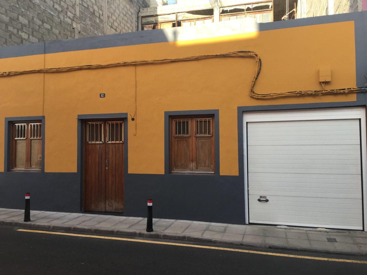 Se vende casa y edificio en Gáldar
