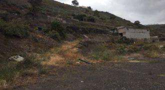 En venta finca con casa en el barranco de Tenoya